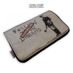 "Tobacco pouch ""Follow your dreams -Banksy"" (Α577)"