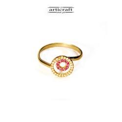 Silver ring pink circles...