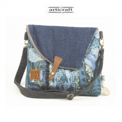 Medium size messenger bag...