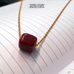 Handmade necklace cube (Ε272)